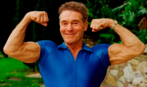 Jack-LaLanne a Living Hero !!