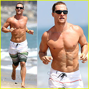 Matthew McConaughey enjoying living fitness at the beach ~